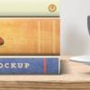 موکاپ چندین کتاب روی هم با اندازه شیرازه های مختلف 3