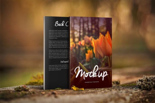 موکاپ کتاب با جلد کاغذی در طبیعت