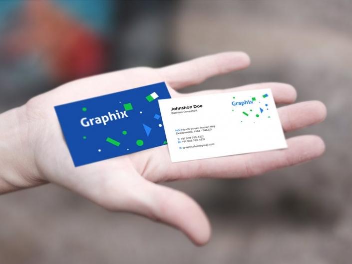 کارت ویزیت روی دست - موکاپ فتوشاپ